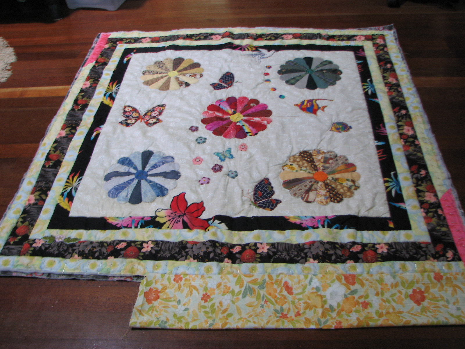 Making A Wall Hanging Quilt In To A Cuddly Quilt 14th