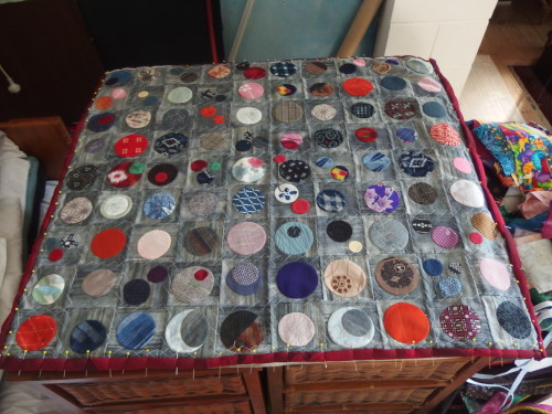 My first Quilty 365 Circle quilt sandwiched ready all most to qul