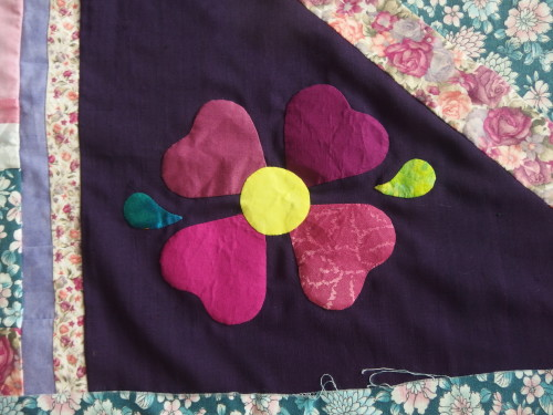 Close up of Heart flower.  I make these a lot on my quilts, I like making them as they can be any size and you just make them free hand with lots of heart shapes.