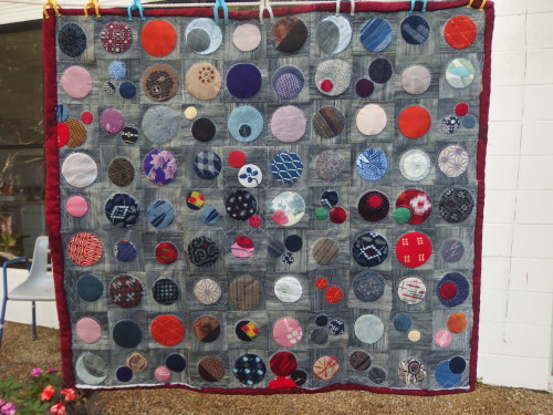 I finished sashiko quilting this wee quilt during the week one down 3 to go LOL