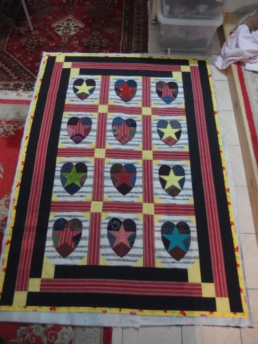 I made this quilt with a lady in USA