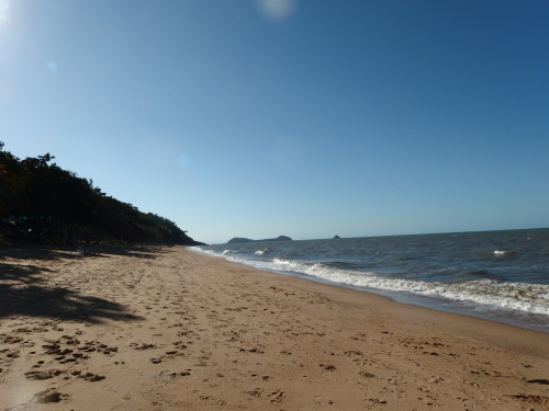 Went for a walk along the beach this Avo, it was wonderful this is looking South.