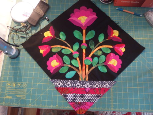 Esther Aliu's Diamond Hill BOM 1st block of mine does not look any different to last week but I have machine appliquéd my leaves on, just don't look to close as Im just learning to do Machine appliqué LOL