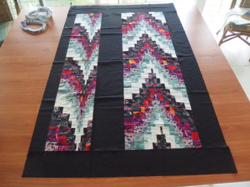 After cutting and slashing those two pieces of Bargello today I have something that might make a single bed quilt, thinking of sashiko quilting the black in off white thread for a strong contrast. I can not wait to try the sashiko quilting on that black space now.