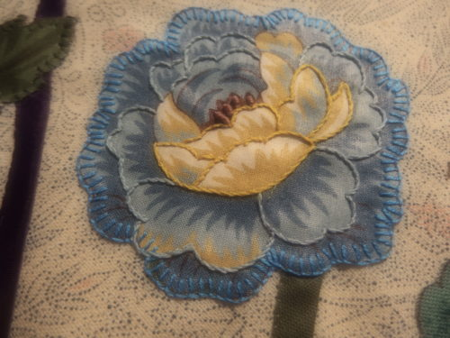 My last flower I have done so far, I added lots of stem stitch to this one to give it mare depth from a distance.